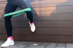 Упражнение для активации средней ягодичной мышцы